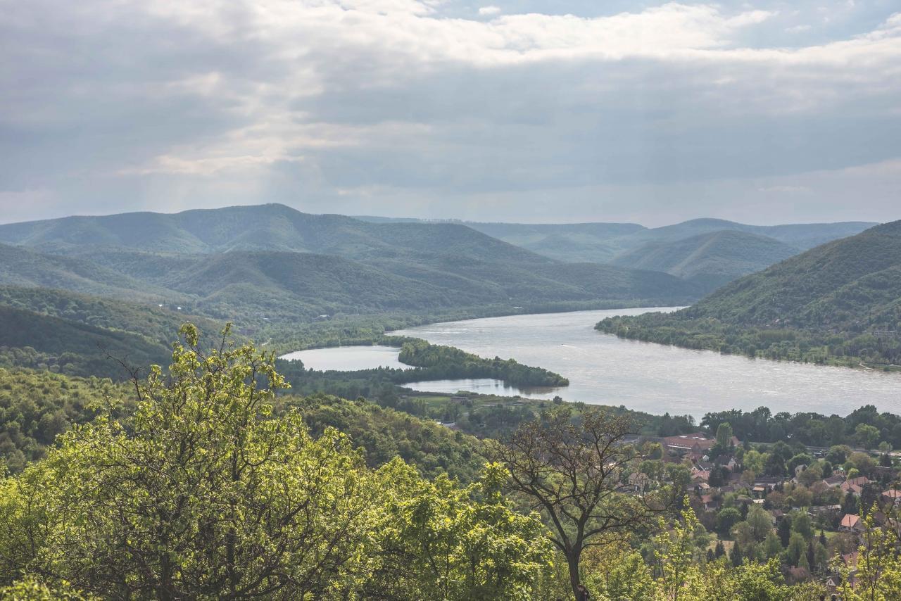 Túra v ohybu Dunaja