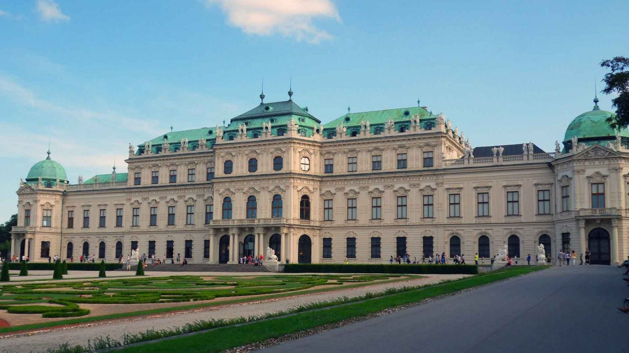 Imperial Vienna from Budapest - Private Travel