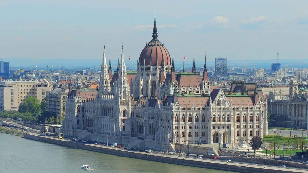 I Love Széchényi Spa and Parliament visit